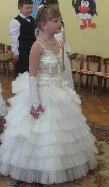 плотний трикотажные платья