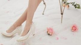 Свадебная обувь для невесты: туфли без каблука фото