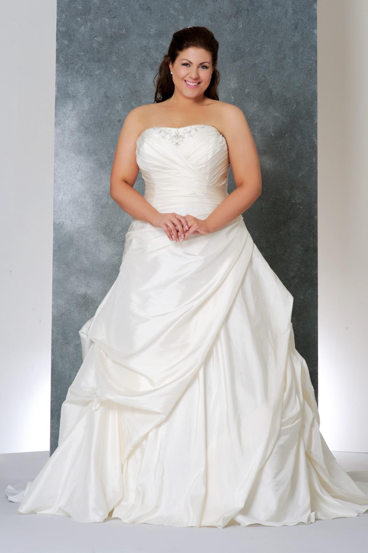 Модные платья для полных советы по