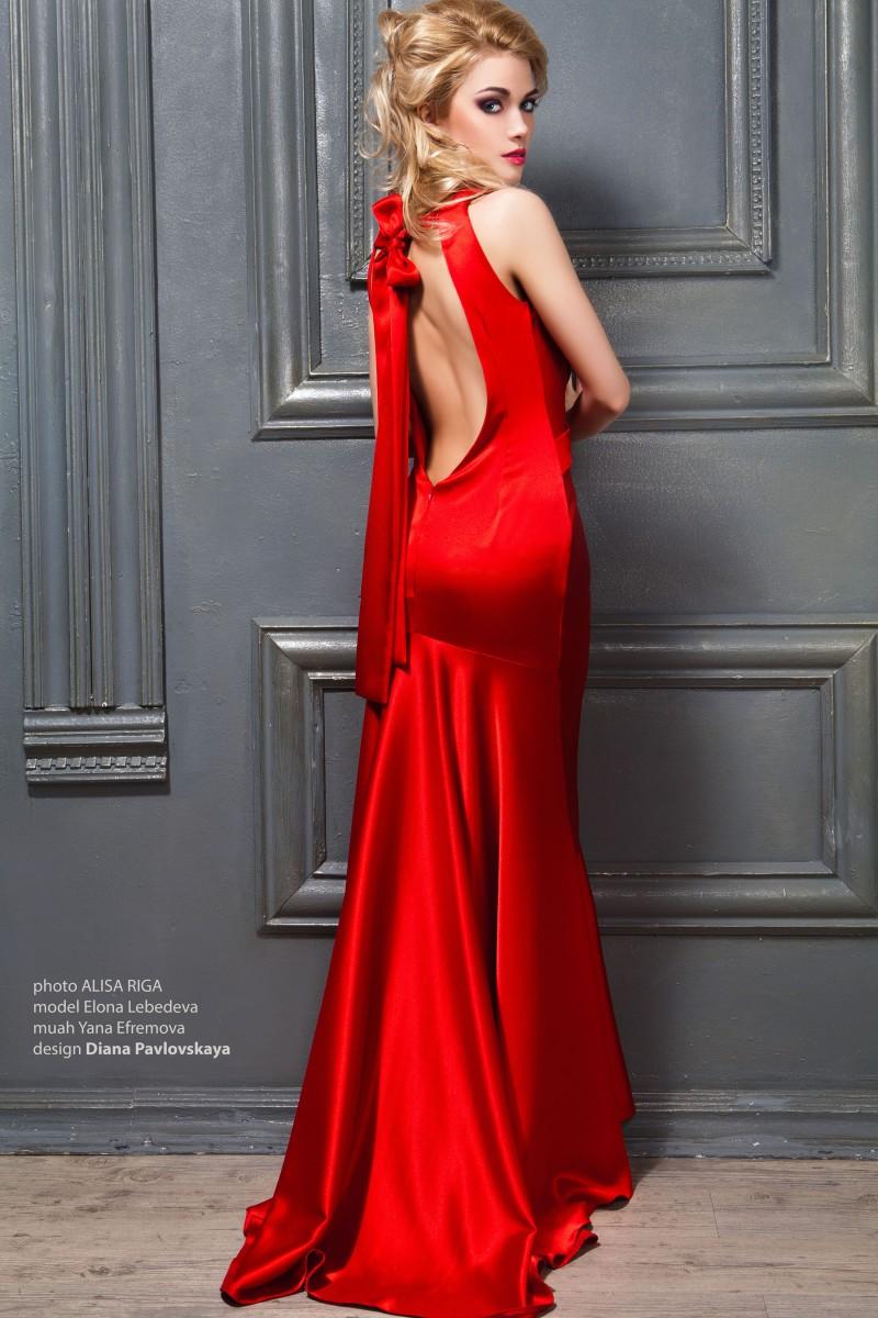 Длинные вечерние платья красного цвета