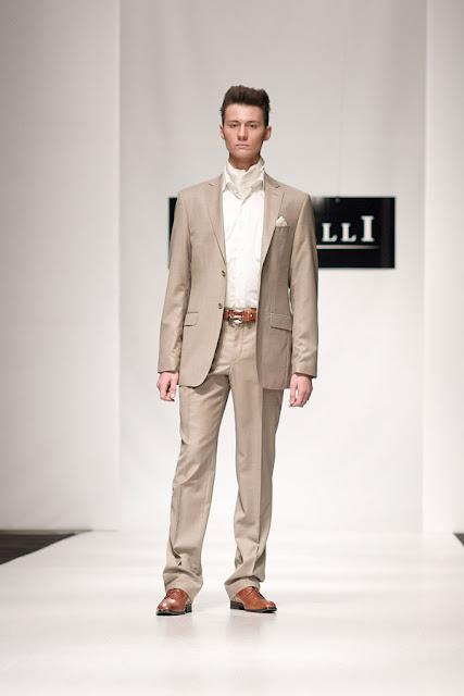 На фото одежды для мужчин весна лето